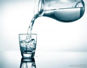 Eigenlijk zou ik meer water moeten drinken... Praktische tips!